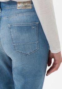 BRAX - STYLE CAROLA - Slim fit jeans - light blue - 4