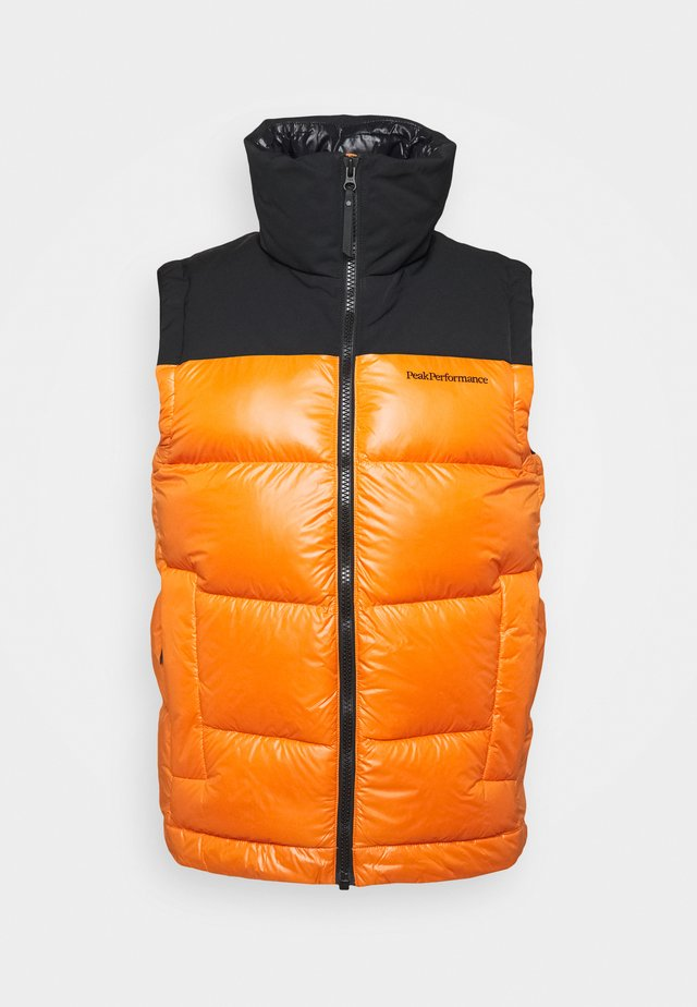 RIVEL VERNIS VEST - Waistcoat - orange altitude