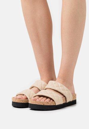 Pantofle - beige medium dusty