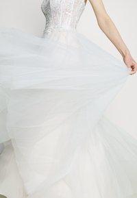 Luxuar Fashion - Festklänning - ivory/nude - 5