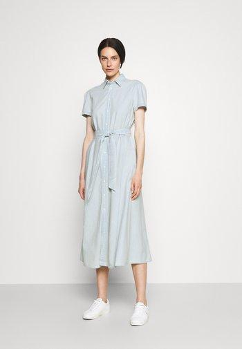 Robe longue - chambray