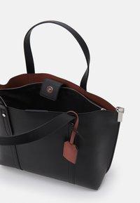 PARFOIS - SHOPPER BAG REVIVE - Velká kabelka - black - 2