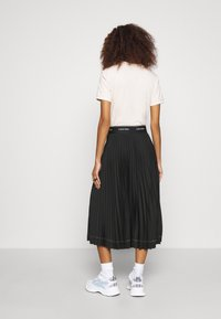 Calvin Klein - SUNRAY PLEAT SKIRT - A-lijn rok - black - 2
