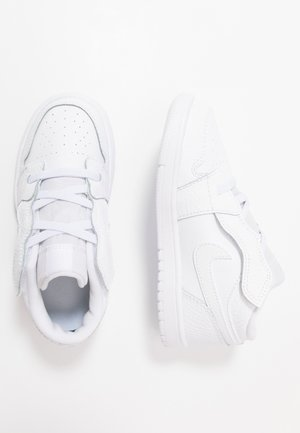 1 LOW ALT - Basketball shoes - white