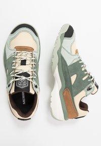 Merrell - BOULDER RANGE - Hiking shoes - foam/laurel - 1