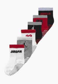 Jordan - LEGACY INFANT ANKLE 6 PACK - Sportsokken - gym red - 0