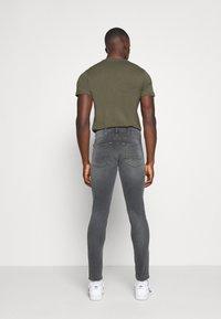 Replay - TITANIUM MAX - Slim fit jeans - medium grey - 2