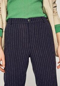 Pepe Jeans - MARTIS - Spodnie materiałowe - blue - 3