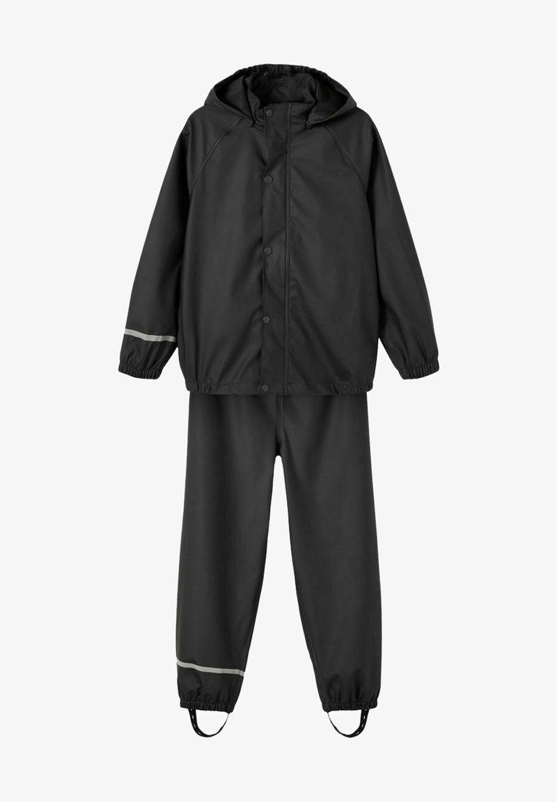 Name it - NKNDRY RAIN SET UNISEX - Rain trousers - black