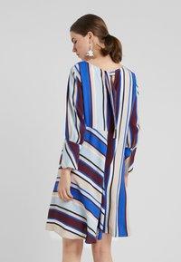 MAX&Co. - CAMERA - Day dress - cornflower blue - 2