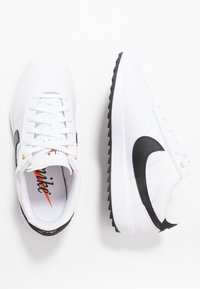 Nike Golf - CORTEZ - Obuwie do golfa - white/black/metallic gold - 1
