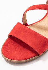 s.Oliver BLACK LABEL - Sandales - red - 2