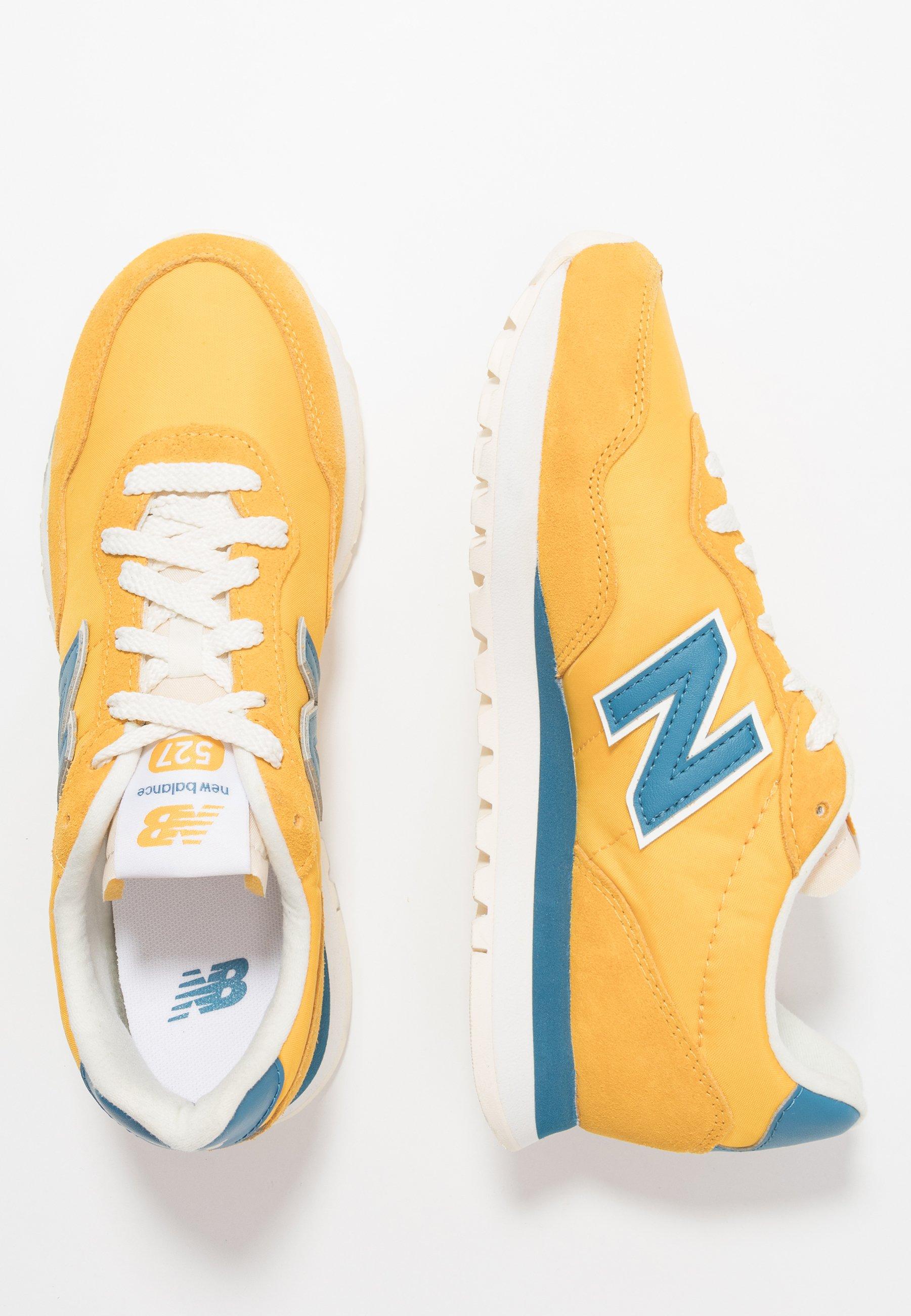 new balance jaune