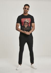 Mister Tee - BIG CROWN - Print T-shirt - black - 1