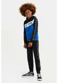 WE Fashion - MET COLOURBLOCK - Sweatshirt - blue - 1