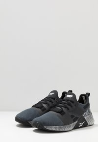 Reebok - FLASHFILM TRAIN 2.0 - Sports shoes - black - 2