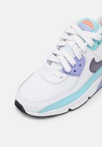Nike Sportswear - AIR MAX 90 LTR SE 2 GS UNISEX - Sneakers laag - white/copa/dark purple/dust/light thistle - 4