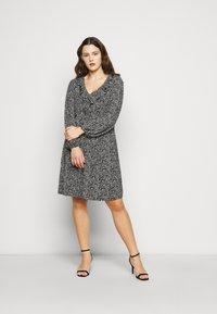 Evans - V NECK MONO DRESS - Jersey dress - black - 1