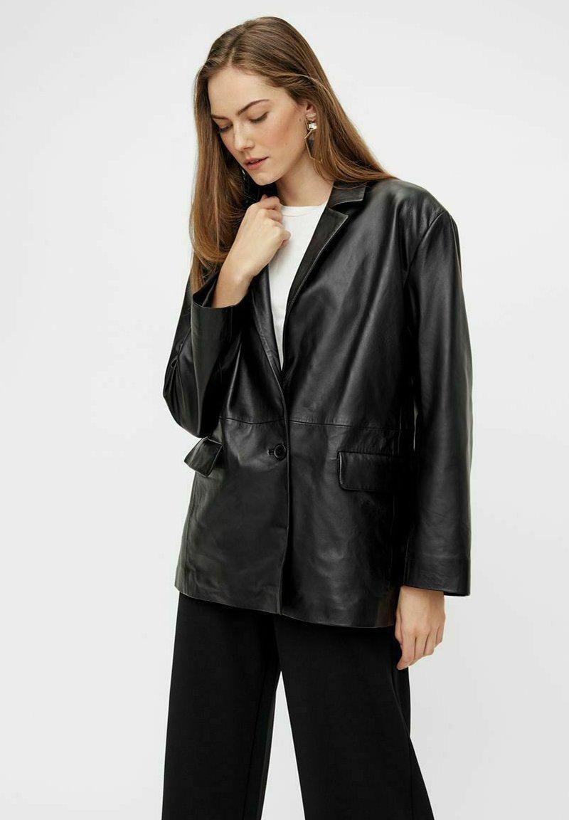 YAS - Leather jacket - black