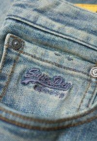 Superdry - DAMAN - Straight leg jeans - grey - 5