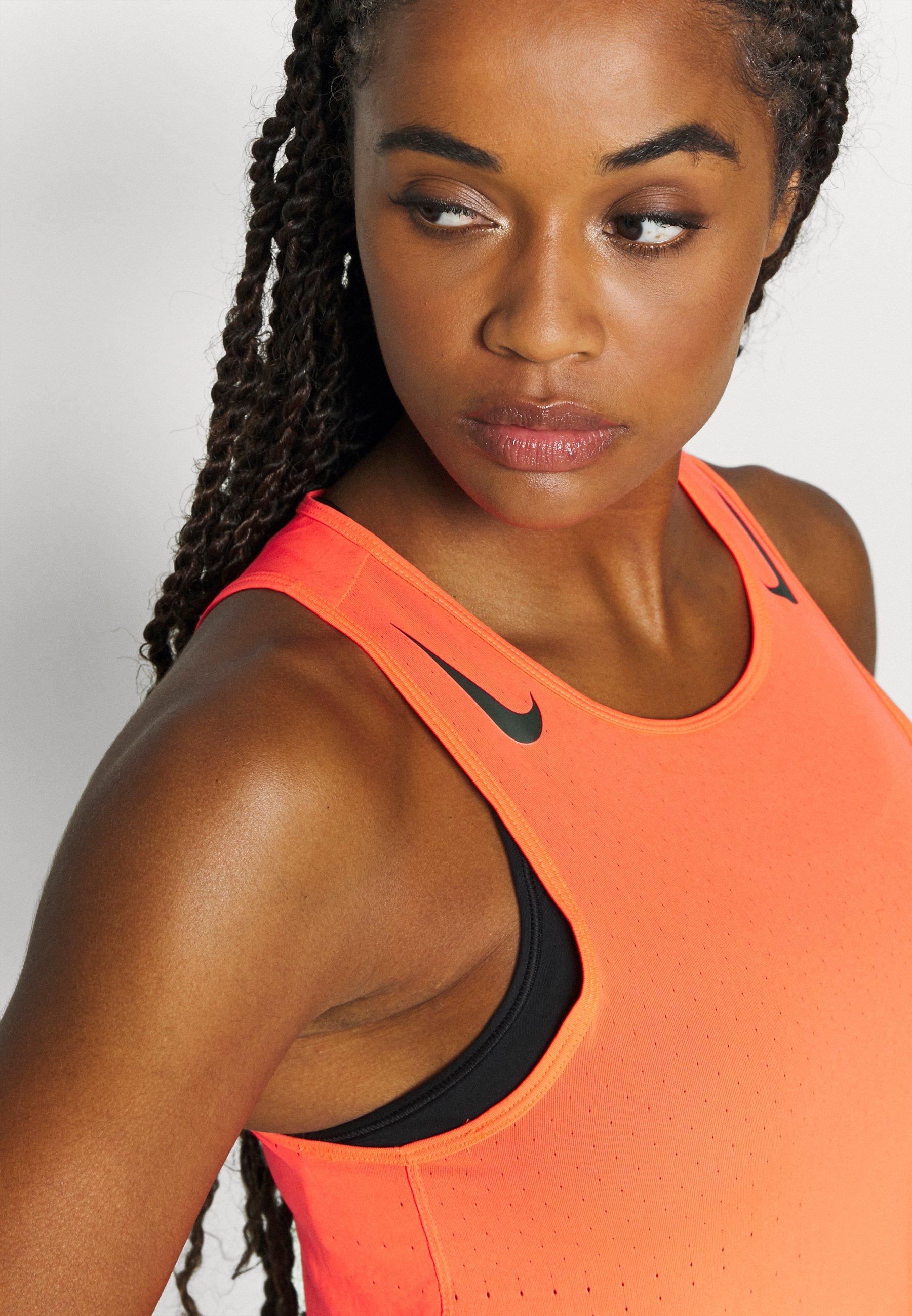 Nike Performance AEROSWIFT SINGLET - Sports shirt - bright crimson/black sbwZf