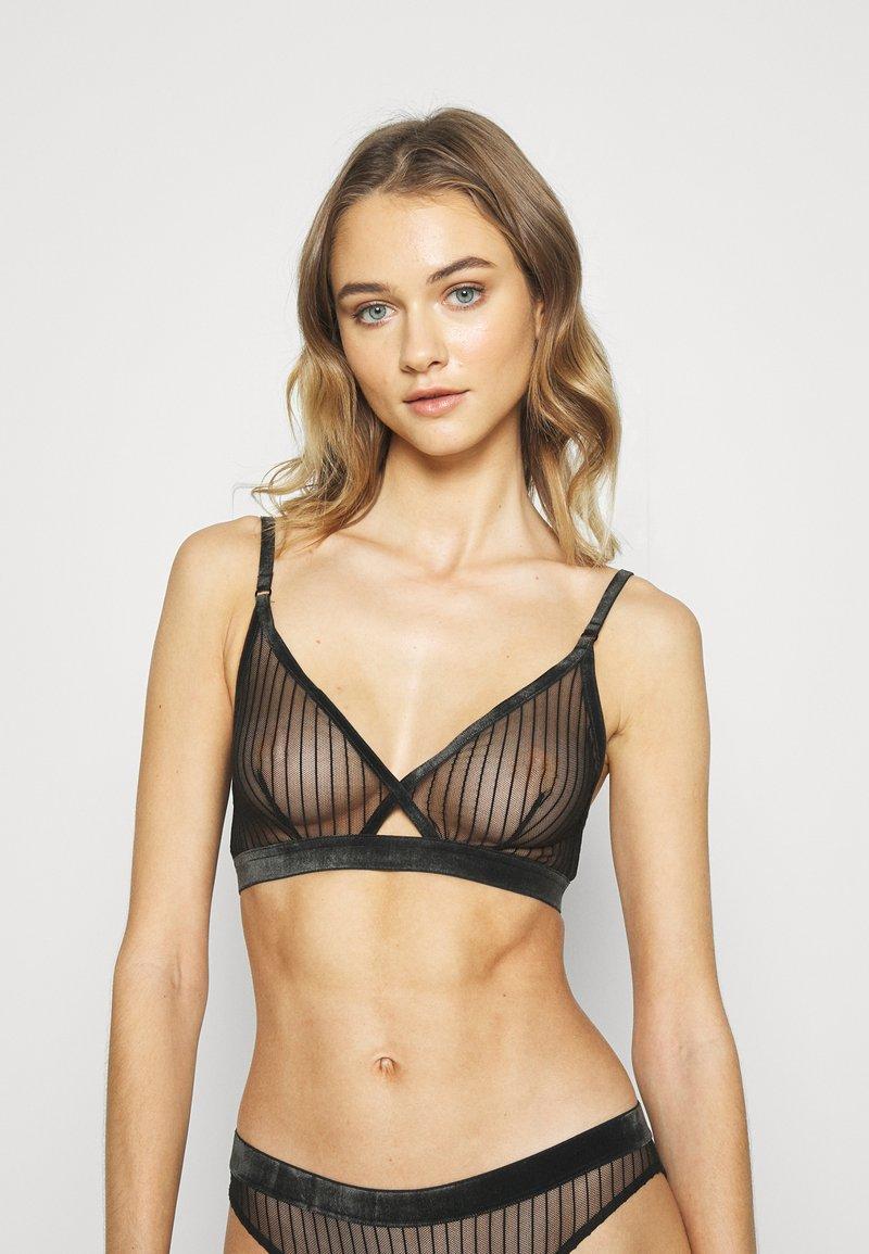 Weekday - POLLY SOFT BRA - Triangle bra - black