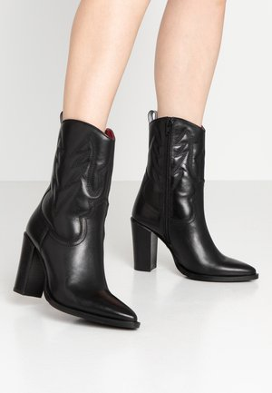 NEW-AMERICANA - High heeled ankle boots - black
