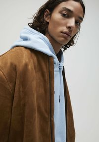 PULL&BEAR - Giacca in similpelle - brown - 4