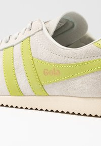 Gola - BULLET - Sneakersy niskie - off white/citron - 2