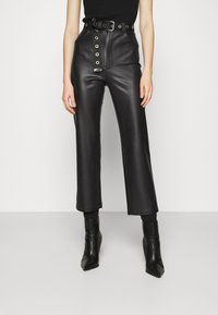 KENDALL + KYLIE - STRAIGHT PANTS - Trousers - black - 0