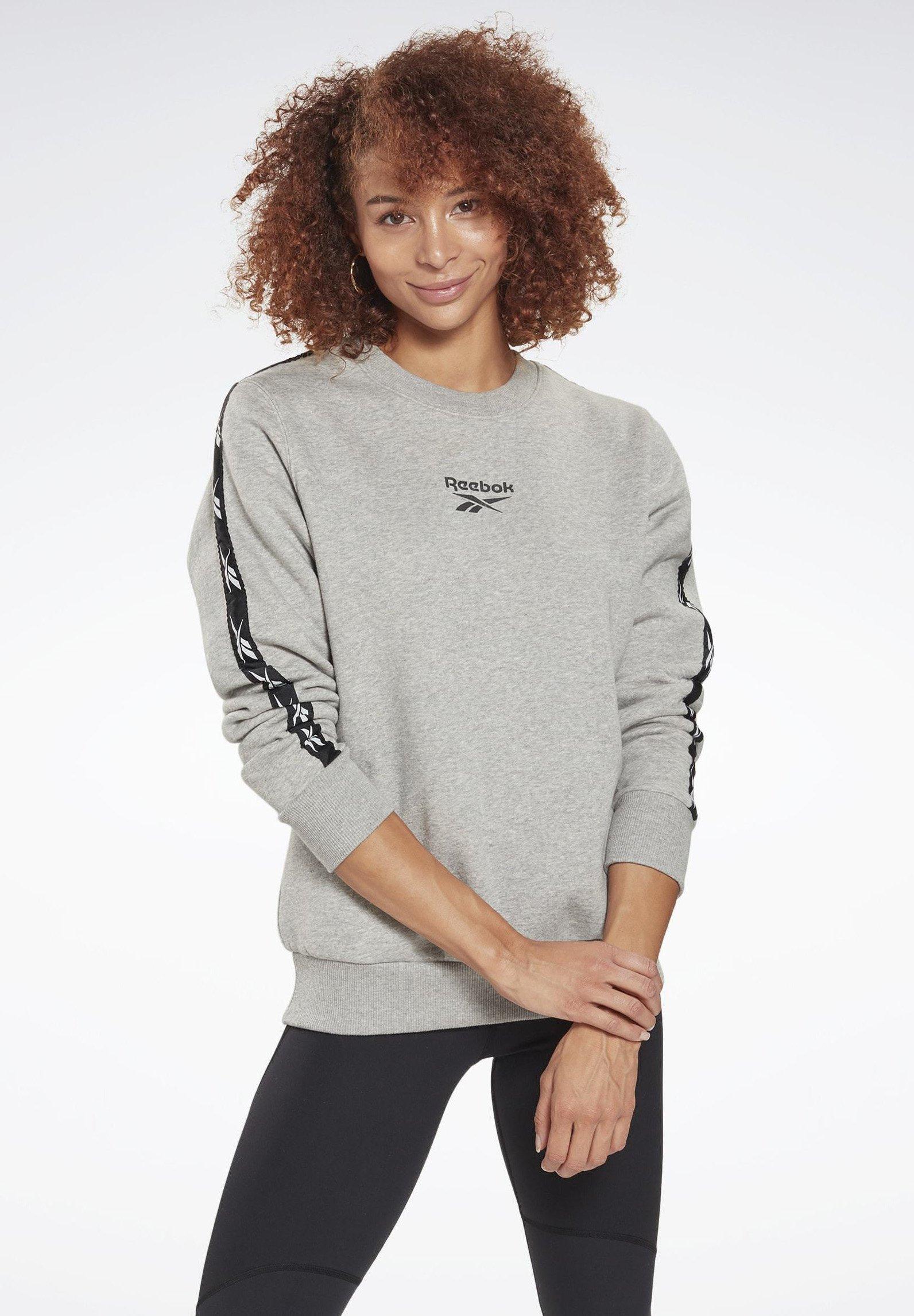 Women TAPE ESSENTIALS TRAINING - Sweatshirt