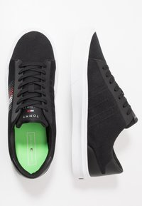 Tommy Hilfiger - LIGHTWEIGHT STRIPES - Trainers - black - 1