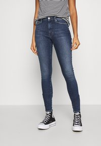 Tommy Jeans - SYLVIA SUPER - Jeans Skinny Fit - lund dark blue - 0
