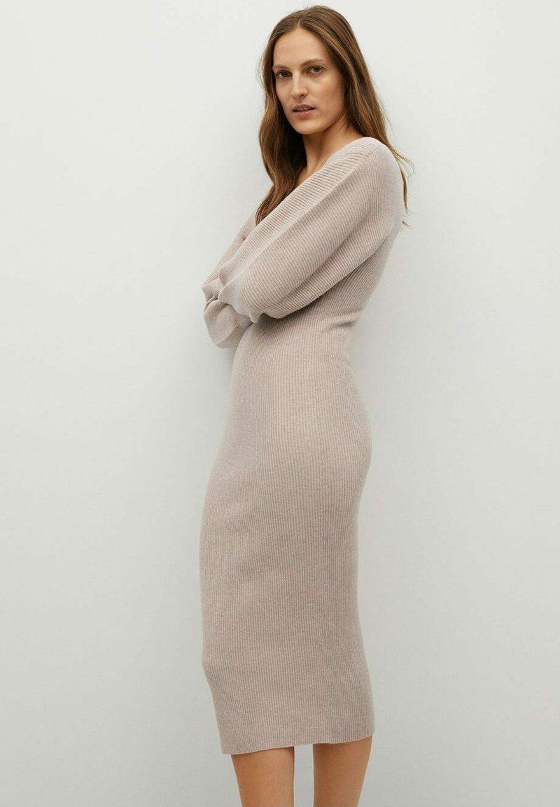 Mango - NIBIA - Shift dress - mittelbraun