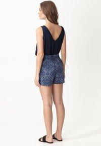 Indiska - ABBIE - Shorts - blue - 2