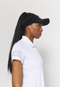 adidas Performance - CLUB TENNIS AEROREADY - T-shirt sportiva - white/grey two - 3