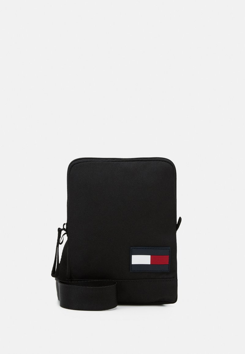 Tommy Hilfiger - CORE COMPACT CROSSOVER - Across body bag - black