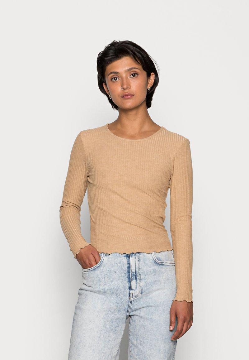 ONLY - ONLNELLA O NECK - Long sleeved top - tannin melange