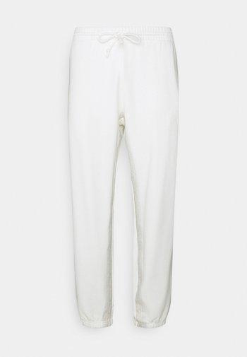 R.Y.V. SWEATPNT ORIGINALS PANTS - Pantalon de survêtement - off white