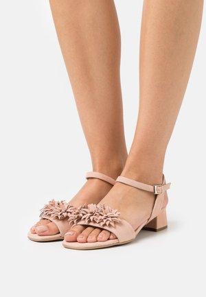 ZOE NEW - Sandals - overexposed