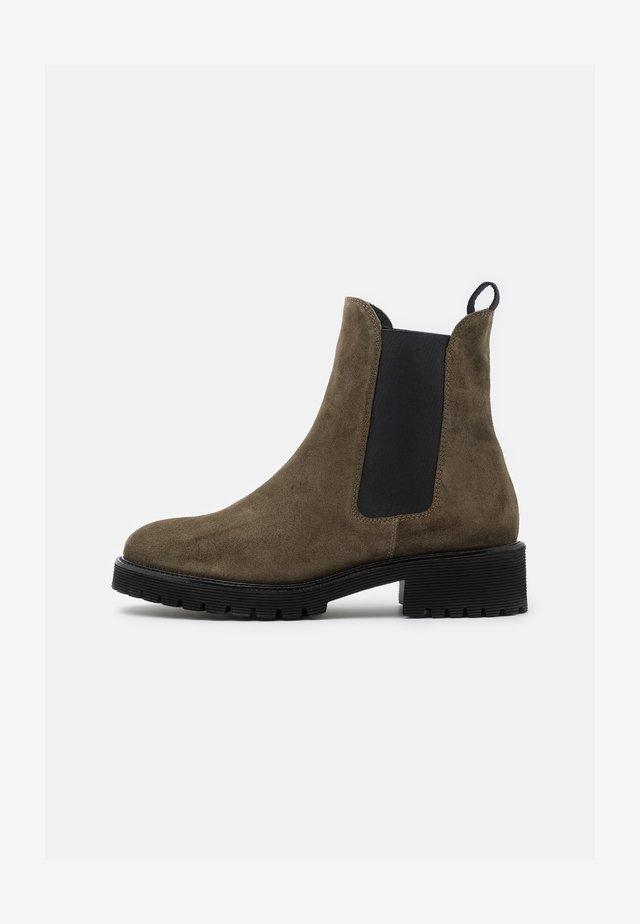 Kotníkové boty - olive