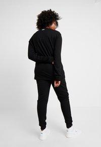 Fila Plus - PURE LONG SLEEVE - Sweatshirt - black - 2