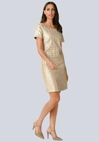 Alba Moda - Shift dress - goldfarben - 1