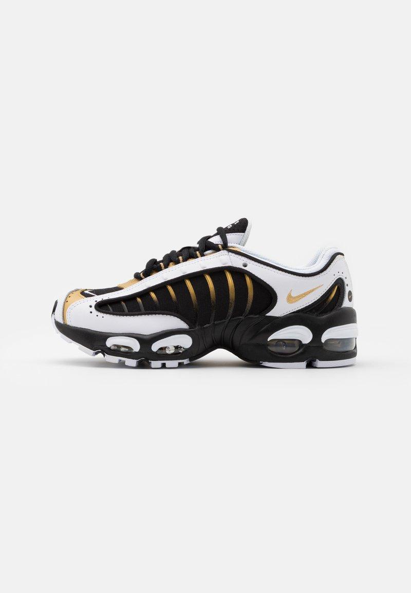 Nike Sportswear - AIR MAX TAILWIND IV - Sneakers basse - black/metallic gold/white