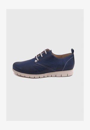 NILSON  - Zapatos con cordones - azul