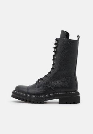 FLORCAP - Snørestøvler - black