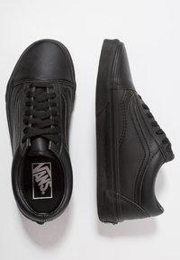 Vans - OLD SKOOL - Trainers - black - 1