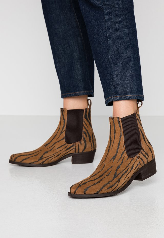 BIACOCO CHELSEA WESTERN - Classic ankle boots - multicolor