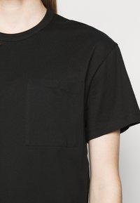 Filippa K - M. BRAD  - Jednoduché triko - black - 5