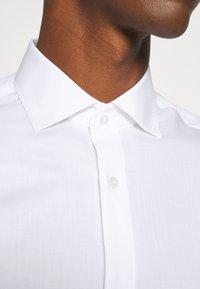 Jack & Jones PREMIUM - JPRBLAROYAL - Formal shirt - white - 4